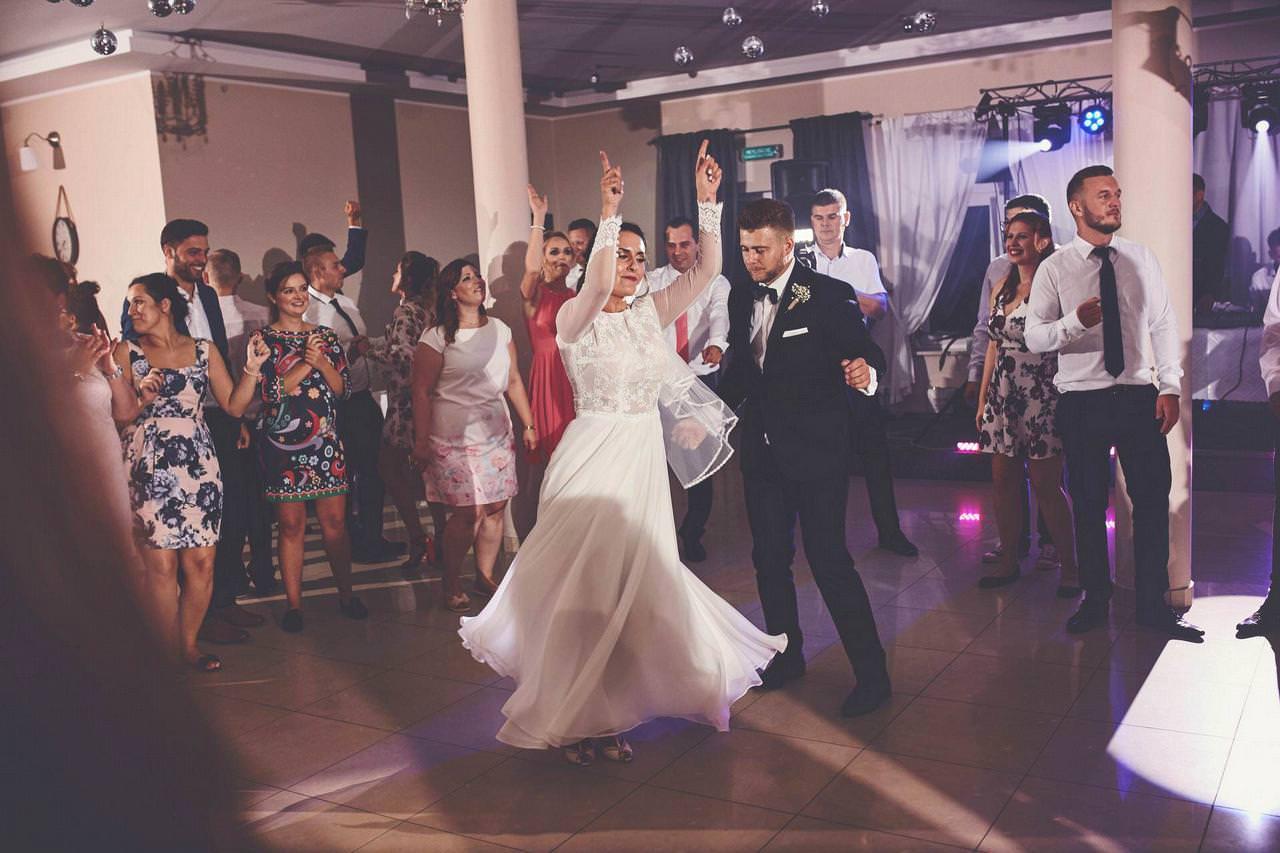 Edyta i Patryk - wesele w Tomaszkowym Zakątku w Ruścu 33
