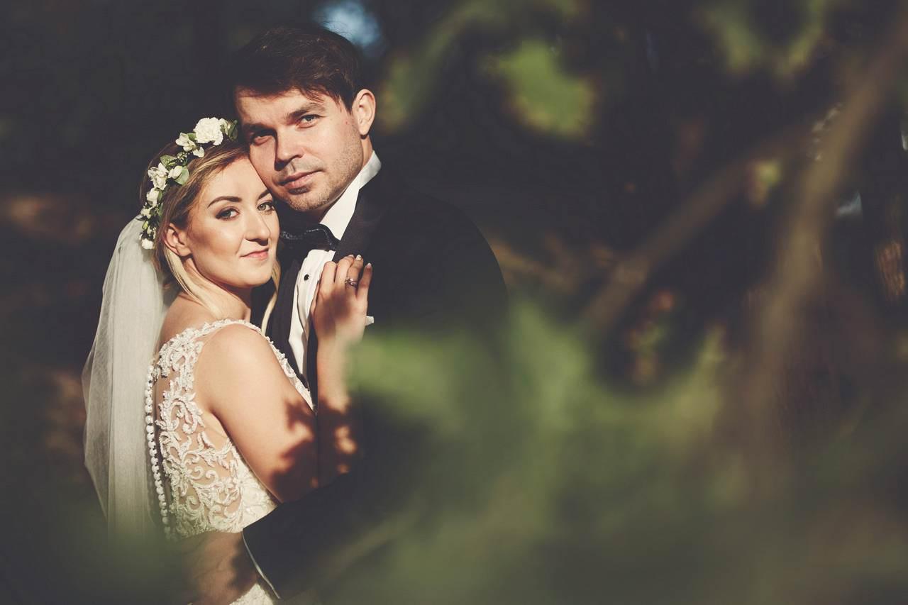 Plener ślubny nad lazurowym jeziorem 7
