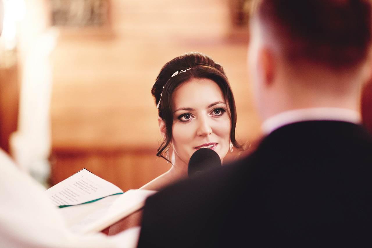 fotograf ślubny stara miłosna kościół najświętszego serca pana jezusa