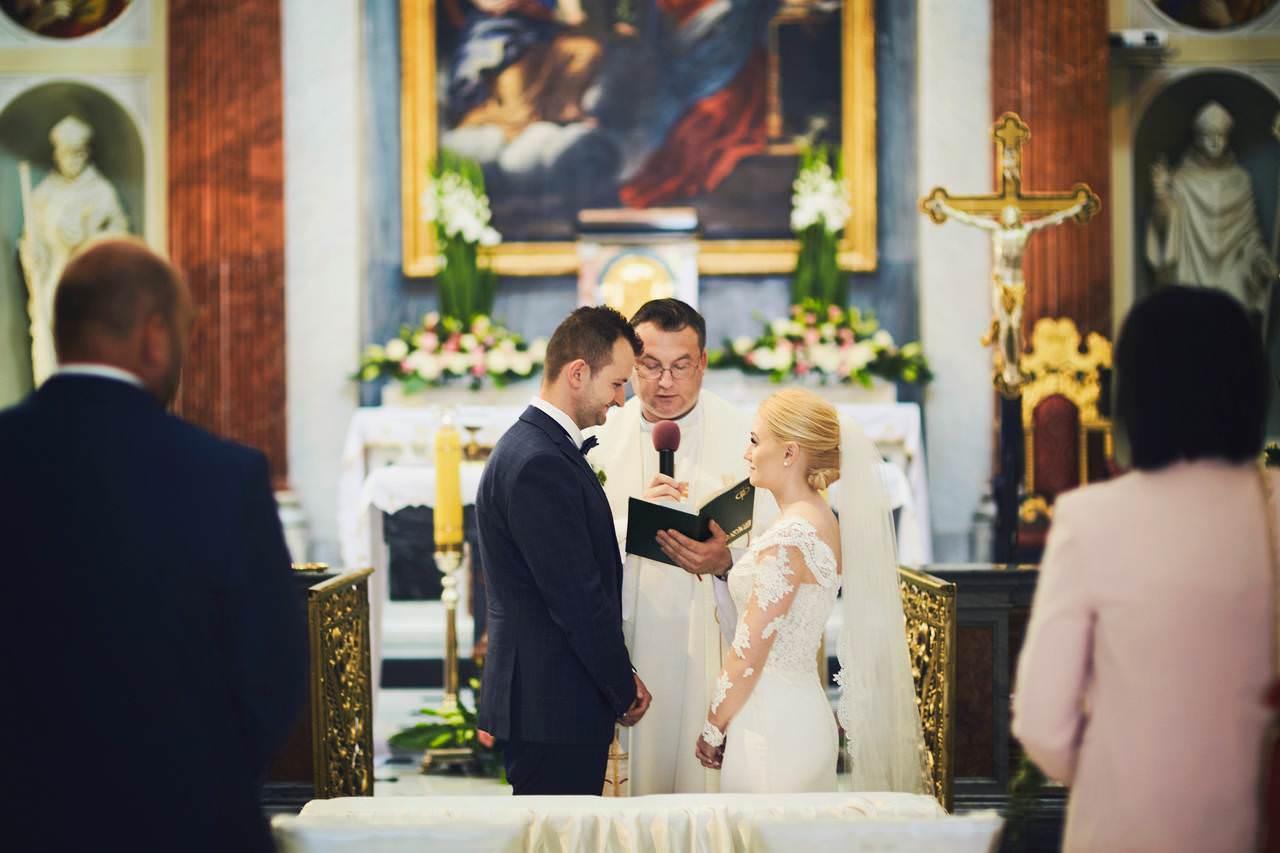 Sylwia i Damian - ślub w Wilanowie - restauracja Vilanova 95