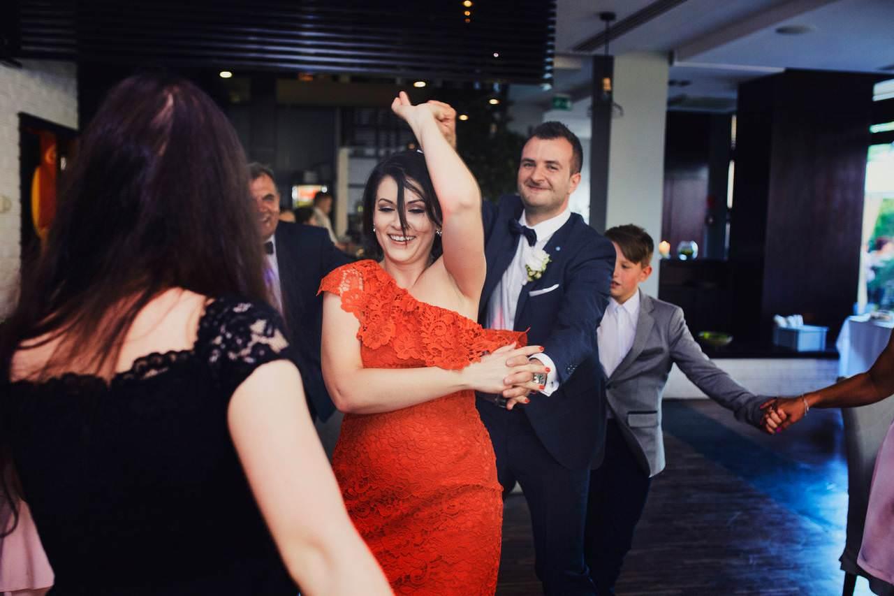 Sylwia i Damian - ślub w Wilanowie - restauracja Vilanova 108
