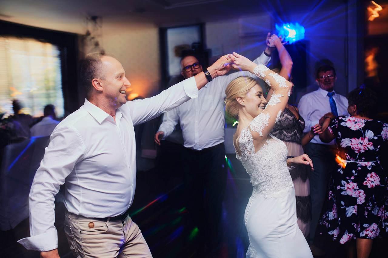 Sylwia i Damian - ślub w Wilanowie - restauracja Vilanova 109