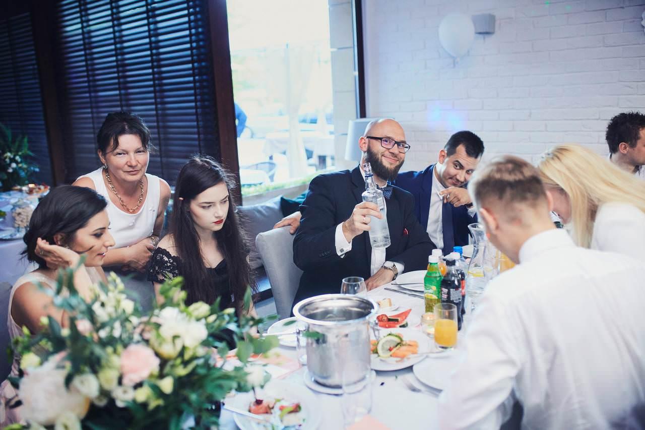 Sylwia i Damian - ślub w Wilanowie - restauracja Vilanova 110