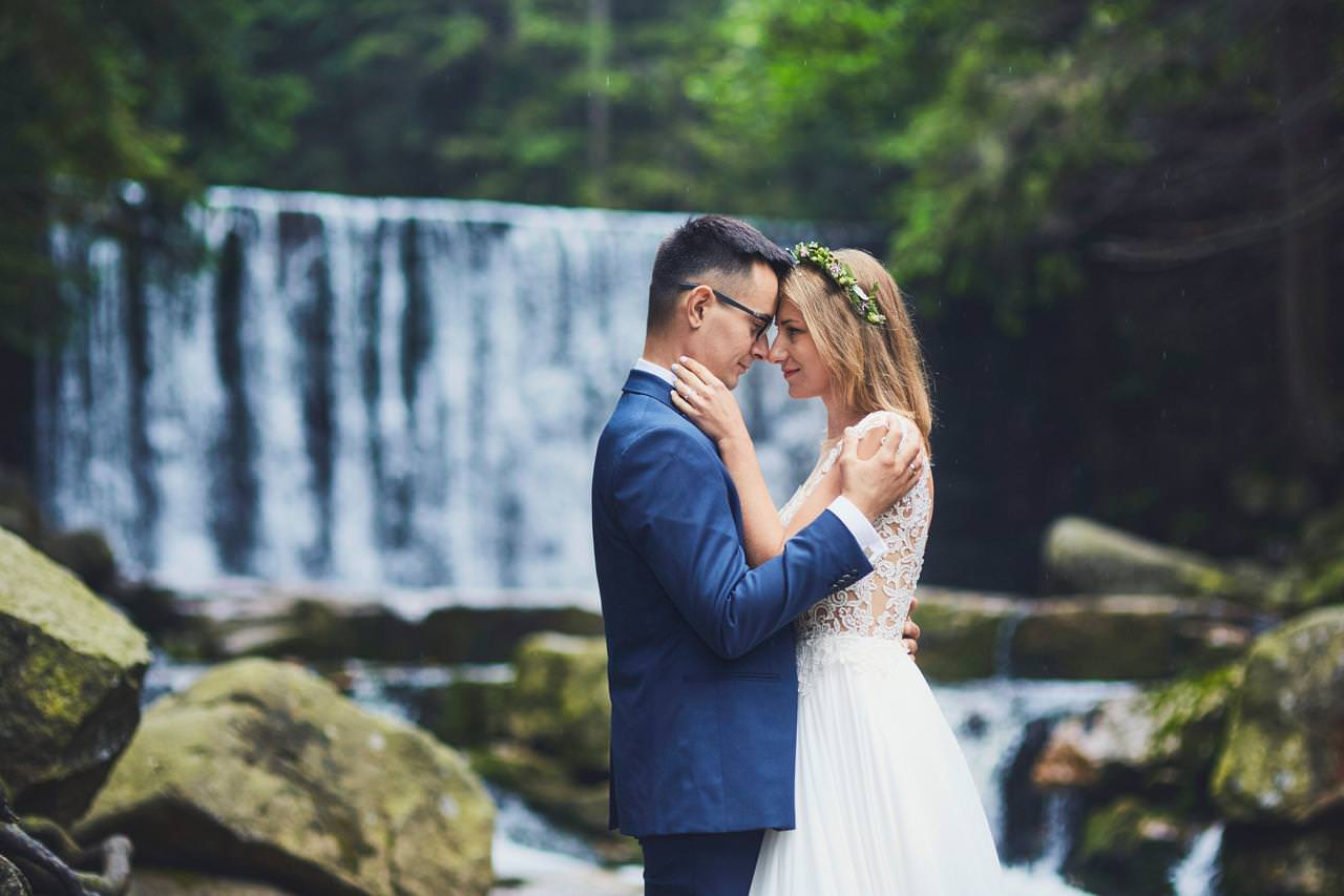 Sesja ślubna przy Dzikim Wodospadzie 80