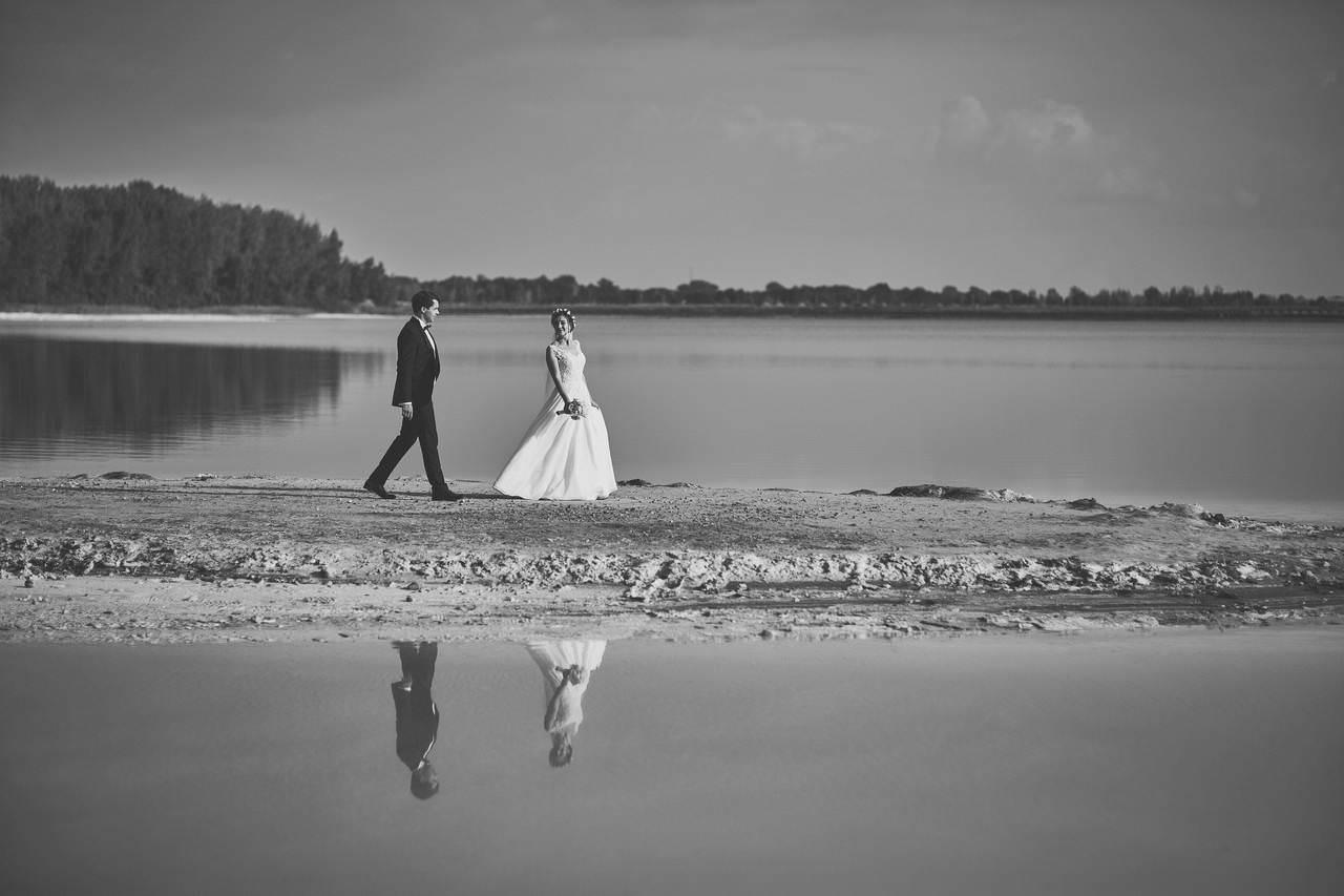 Plener ślubny nad lazurowym jeziorem 5