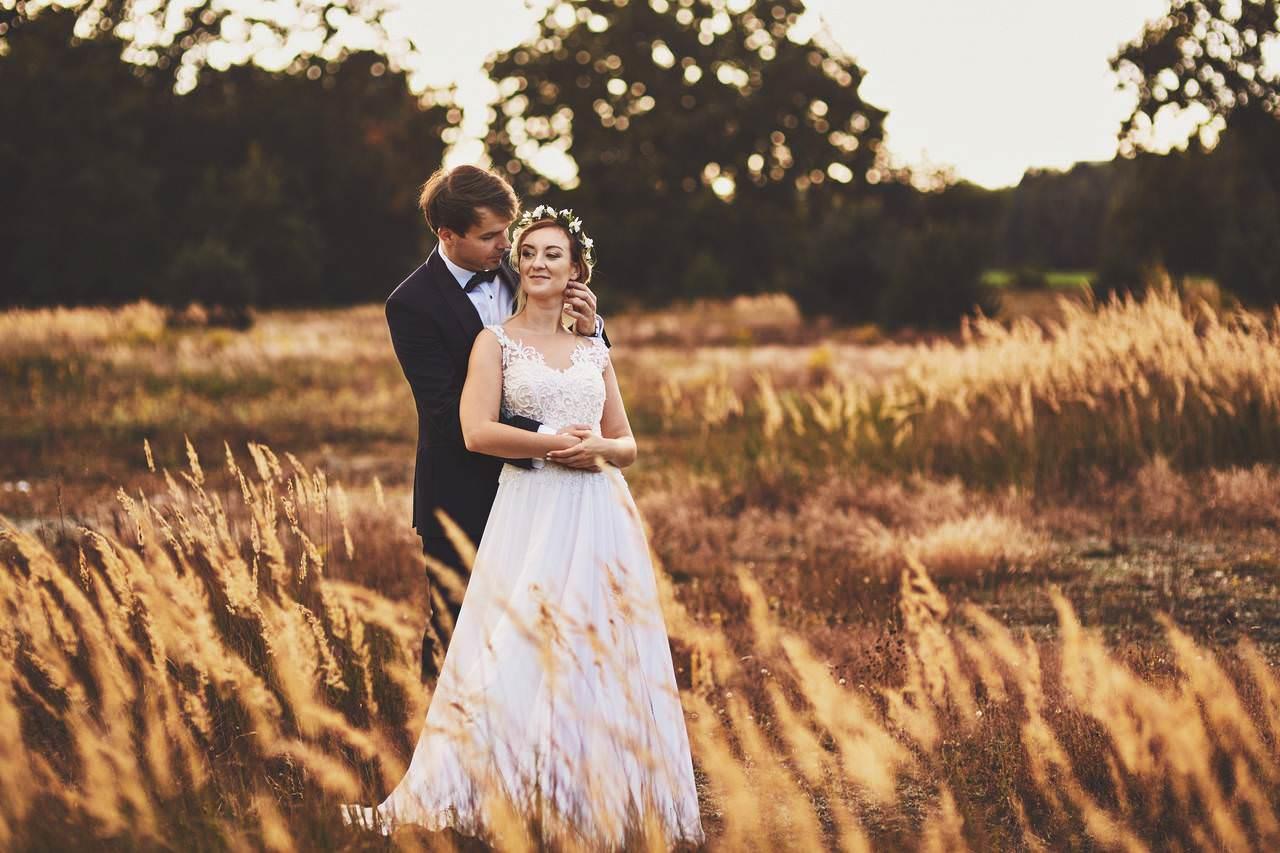 Plener ślubny nad lazurowym jeziorem 9
