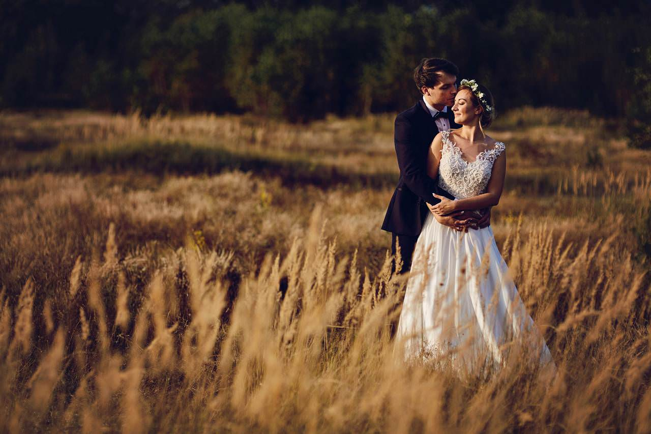 Plener ślubny nad lazurowym jeziorem 180